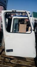 Дверь правая  - Volvo FH 4x2